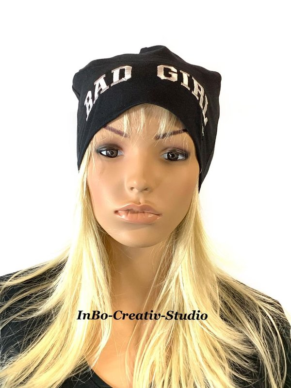 Beanie bestickt, Bad Girl
